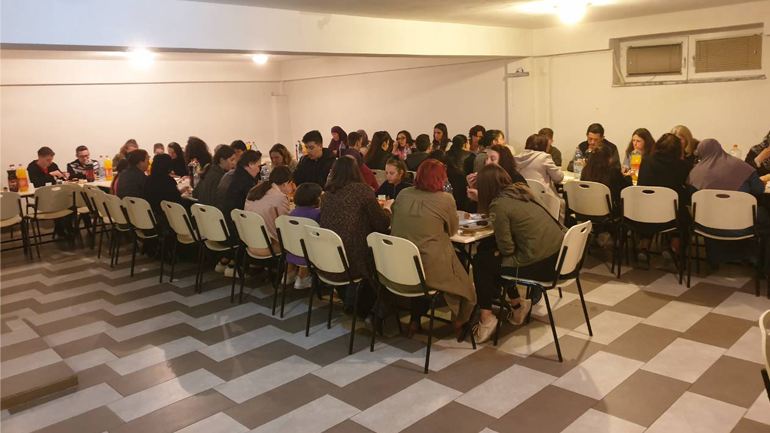 KBI në Gjilan iftarin e parë të organizuar e shtroi për jetimët e Komunës së Gjilanit