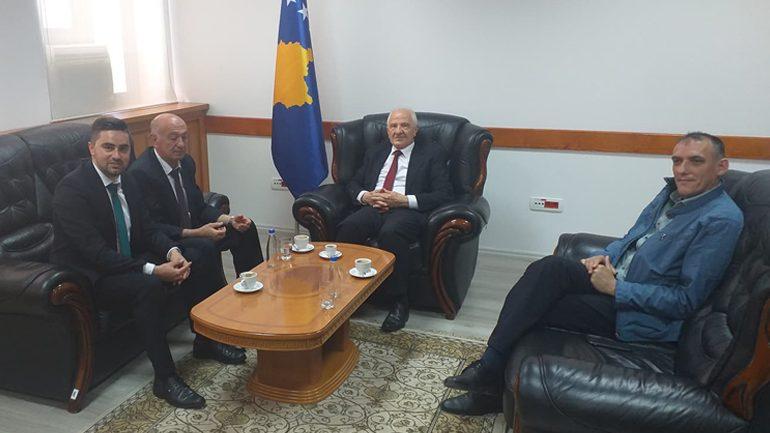 """Kadriu i """"Vatrës"""" dhe deputeti Hasani takojnë ish-presidentin Sejdiu"""