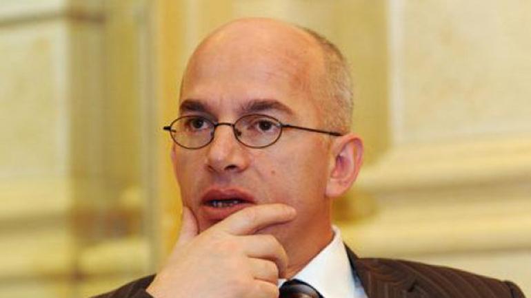 Kiçmari: Iniciativa për tribunalin ndërkombëtar për krimet serbe duhet të mbështetet