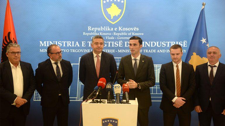Ministrat Shala dhe Klosi dakordohen për oferta të përbashkëta turistike Kosovë-Shqipëri