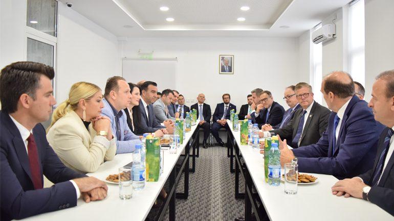 Delegacioni i bizneseve amerikane njoftohet me mundësitë për investime në vend
