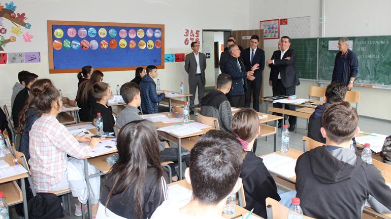 1 mijë e 360 nxënës të Gjilanit i nënshtrohen testit të arritshmërisë