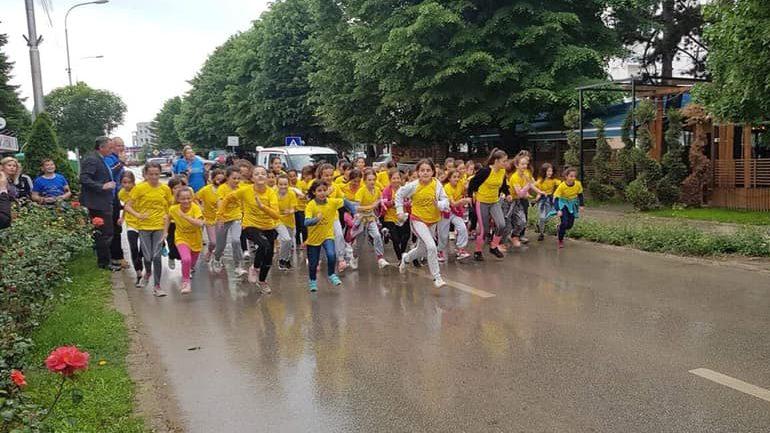 """Organizohet vrapimi i filloristëve në kuadër të """"Ditës Olimpike 2019"""""""