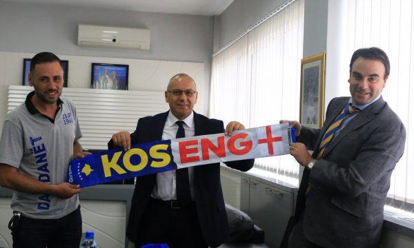 Ambasadori britanik O'Connell viziton FFK-në, diskutohet për ndeshjen Angli – Kosovë