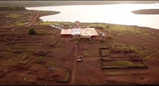 Fshati që shfaqet një herë në vit