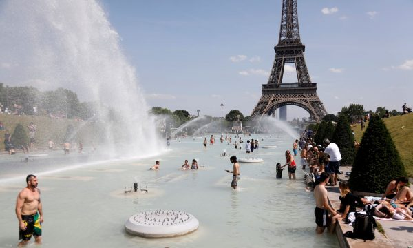 Temperatura ekstreme në Francë, deri në 45 gradë