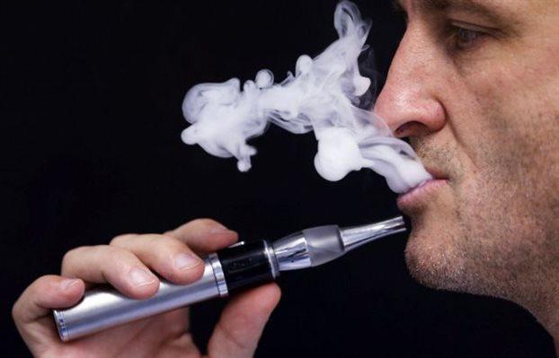 Qyteti i parë që ndalon shitjen e cigareve elektronike