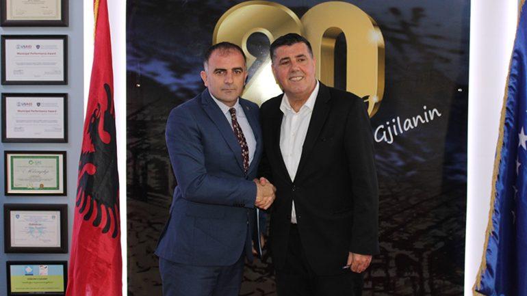 Haziri e Hajrullahu diskutojnë për projektet zhvillimore të Gjilanit