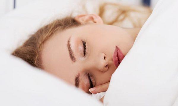 Pasojat e gjumit me grim, mos e përsërisni më!