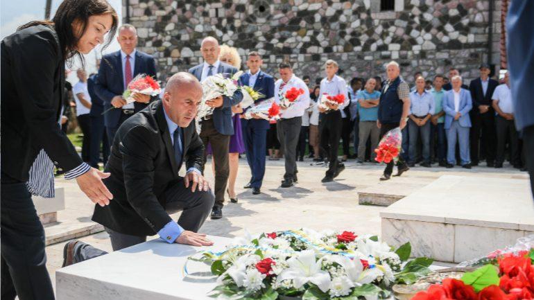 Homazhe për Hilmi Haradinaj, baba i tre heronjve