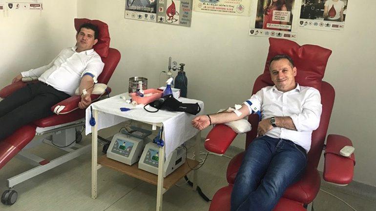 """Menaxhmeti i KRU """"Hidromorava"""" iu ka bashkangjitur fushatës për dhurimin e gjakut"""