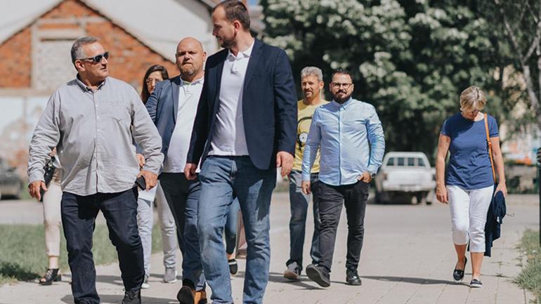 Kryetari i Kamenicës pret në takim pronarët e rrjetit të marketeve SPAR