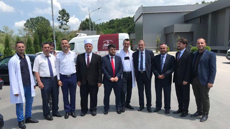 Myftiu Tërnava me afaristët gjilanas: Ju mund ta ndalni migrimin e të rinjve nga Kosova