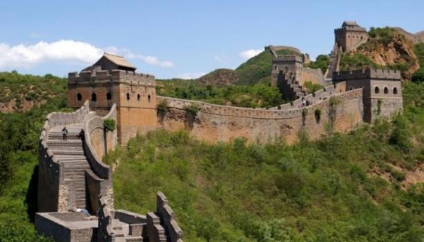 Fillon restaurimi i murit kinez