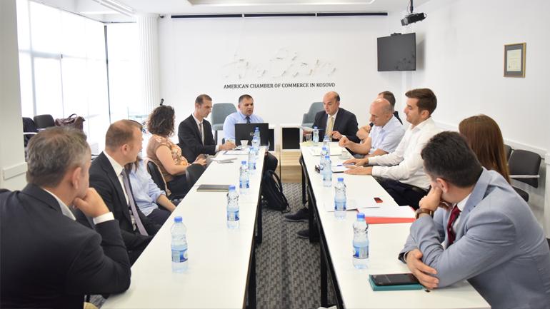Diskutohen specifikat e projektligjit për partneritete publiko-privat