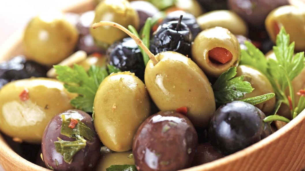 Dobi të shumta shëndetësore nga përdorimi i ullinjve dhe vajit të tyre