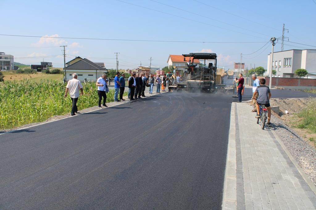 Haziri: Përlepnicën po e bëjmë fshat model me investimet në infrastruturë