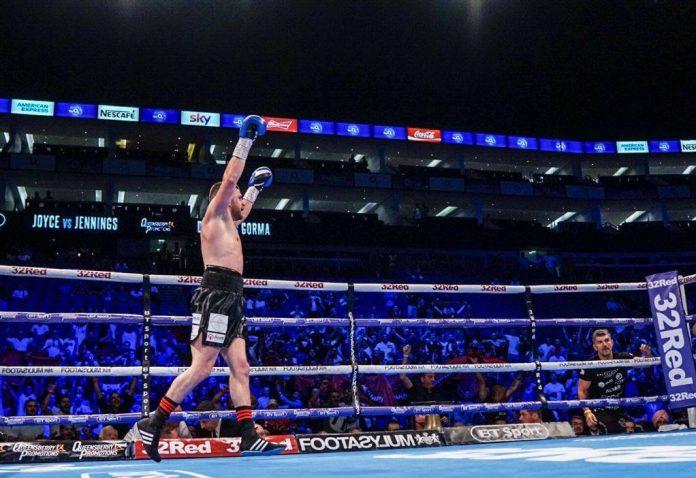 Florian Marku triumfon ndaj boksierit anglez