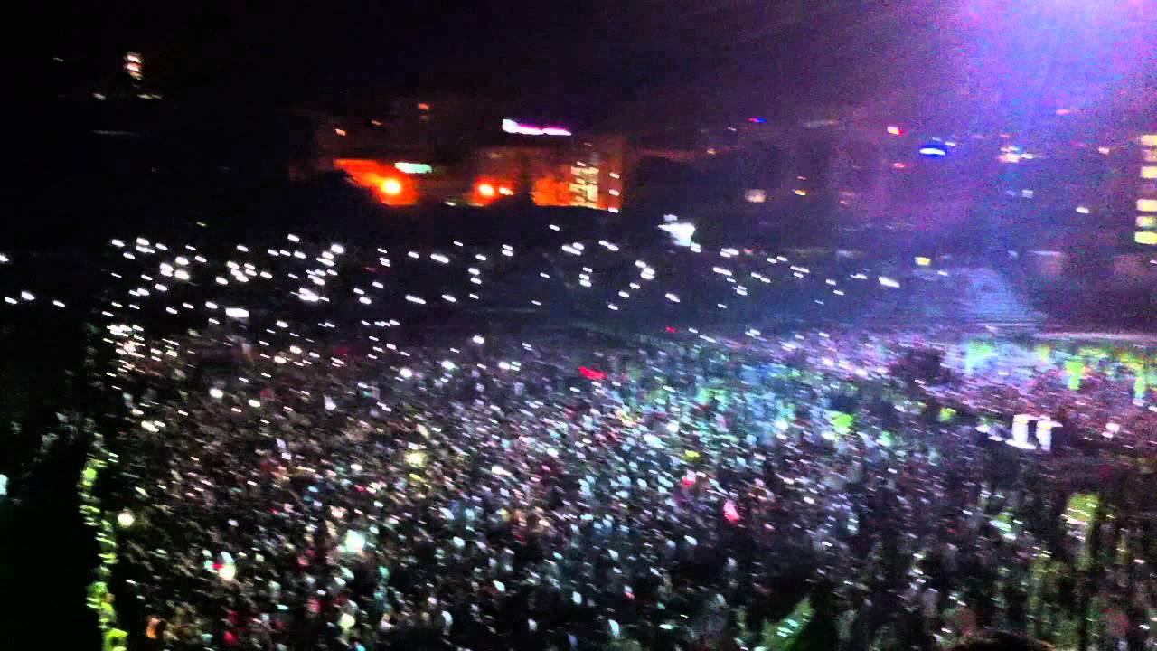 Pjesëmarrje masive në koncertin e Unikkatilit, stërmbushet stadiumi në Mitrovicë