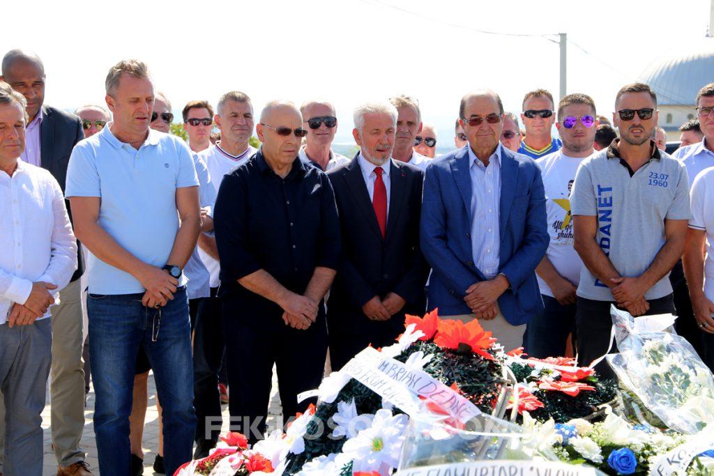 Homazhe nderimi për legjendën Vokrri në ditëlindjen e tij
