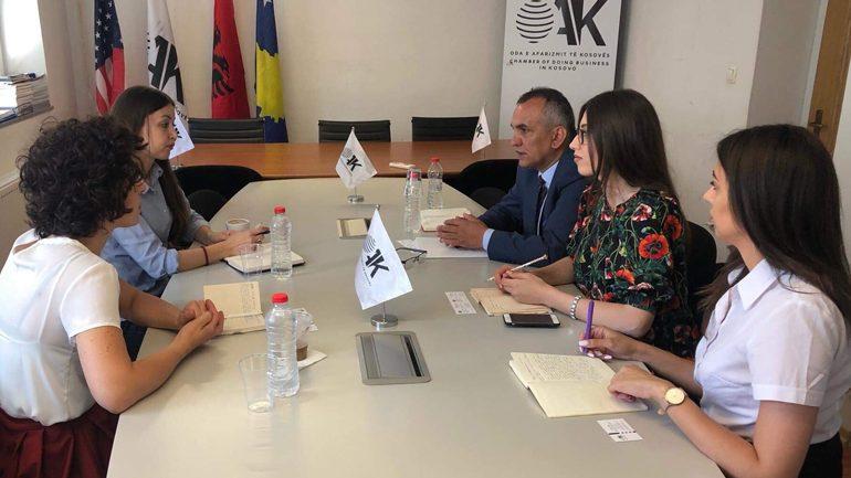 Oda e Afarizmit të Kosovës takohet me përfaqësueset e Ambasadës Britaneze në Kosovë
