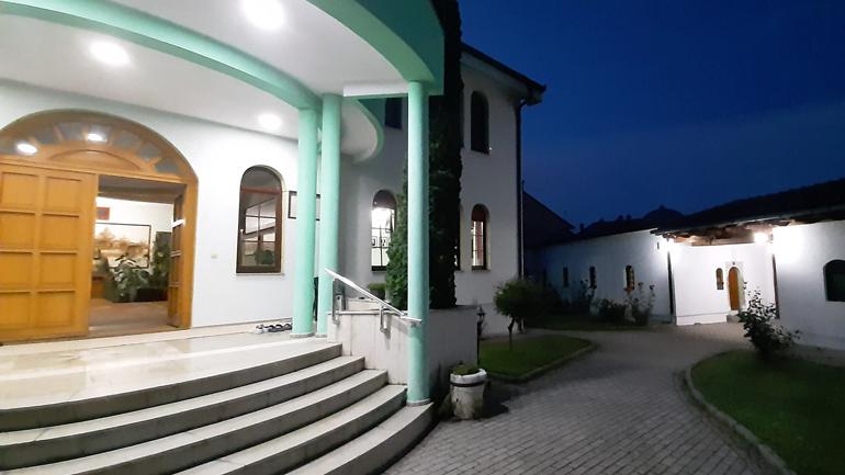 Të dielën shënohet përvjetori i 12-të i rindërtimit të Teqesë Bektashiane të Gjakovës