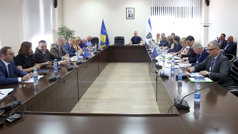 elegacioni i ekspertëve kundër terrorizmit i BE-së viziton Policinë e Kosovës