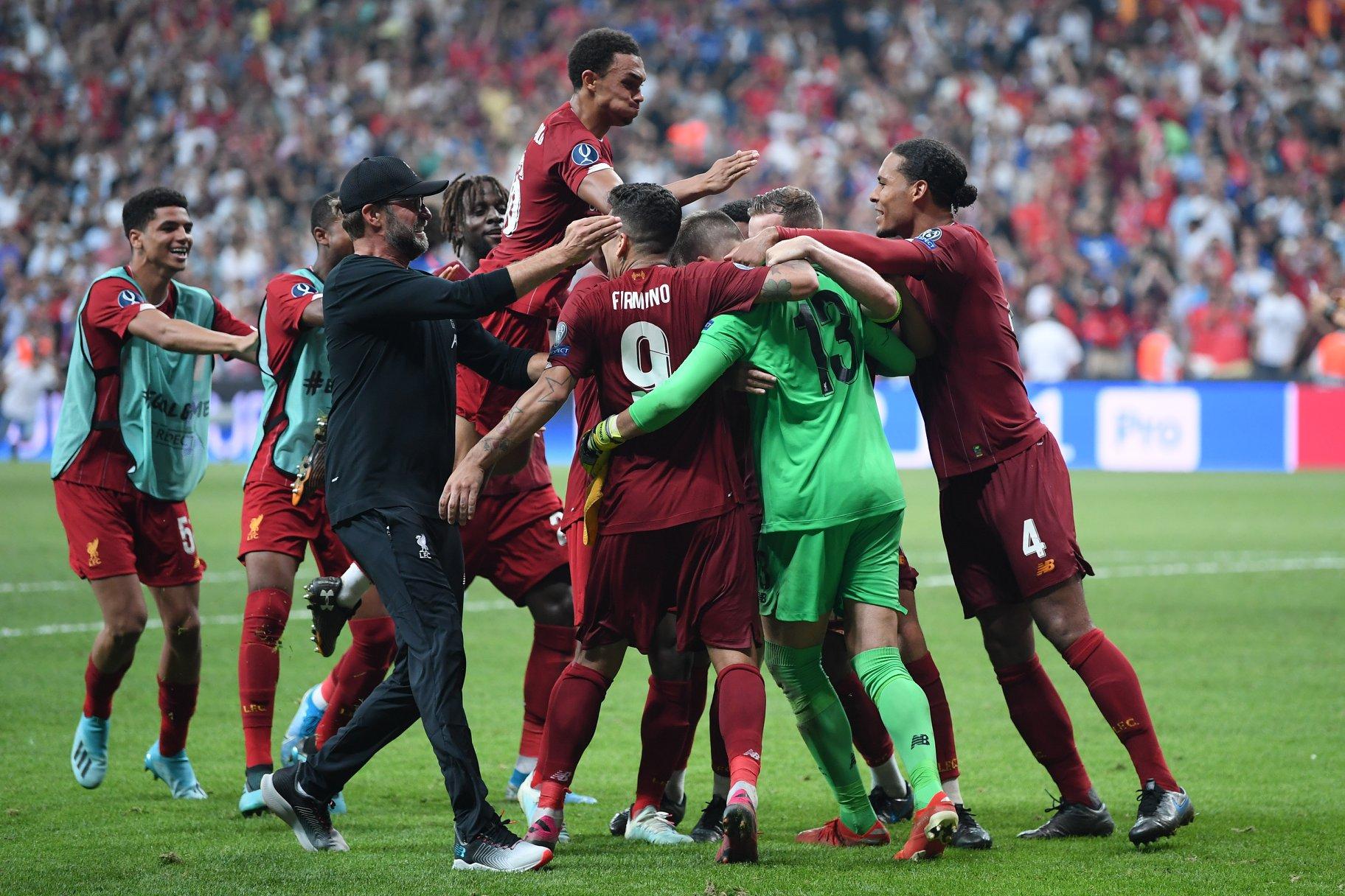 Liverpool mbret i Evropës, fiton edhe Superkupën