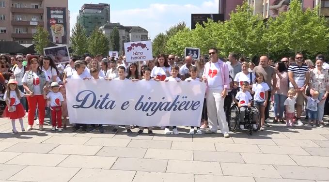 Shënohet Dita Botërore e Binjakëve në Kosovë