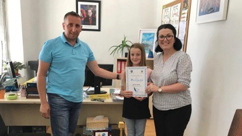 """Komuna e Vitisë: Sukseset e nxënësve nga """"Maratona e Dijes"""" nuk kanë të ndalur"""