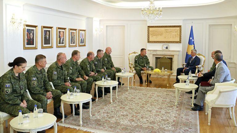 Presidenti Hashim Thaçi dekretoi emërimin dhe gradimin e gjeneralëve të Ushtrisë së Kosovës