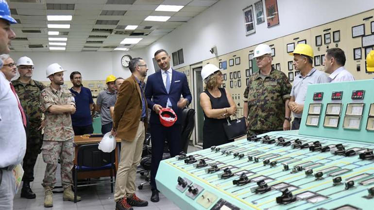 Ministri Lluka takoi gjeneralin e forcave zvicerane