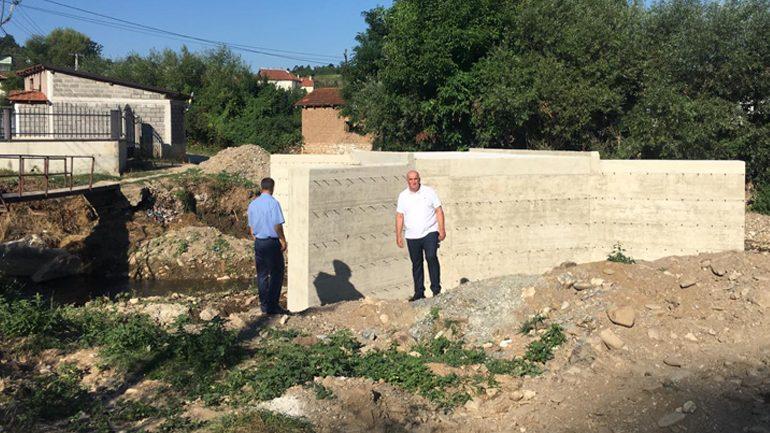 Kryetari Haliti sheh nga afër realizimin e disa projekteve infrastrukturore në Binçë