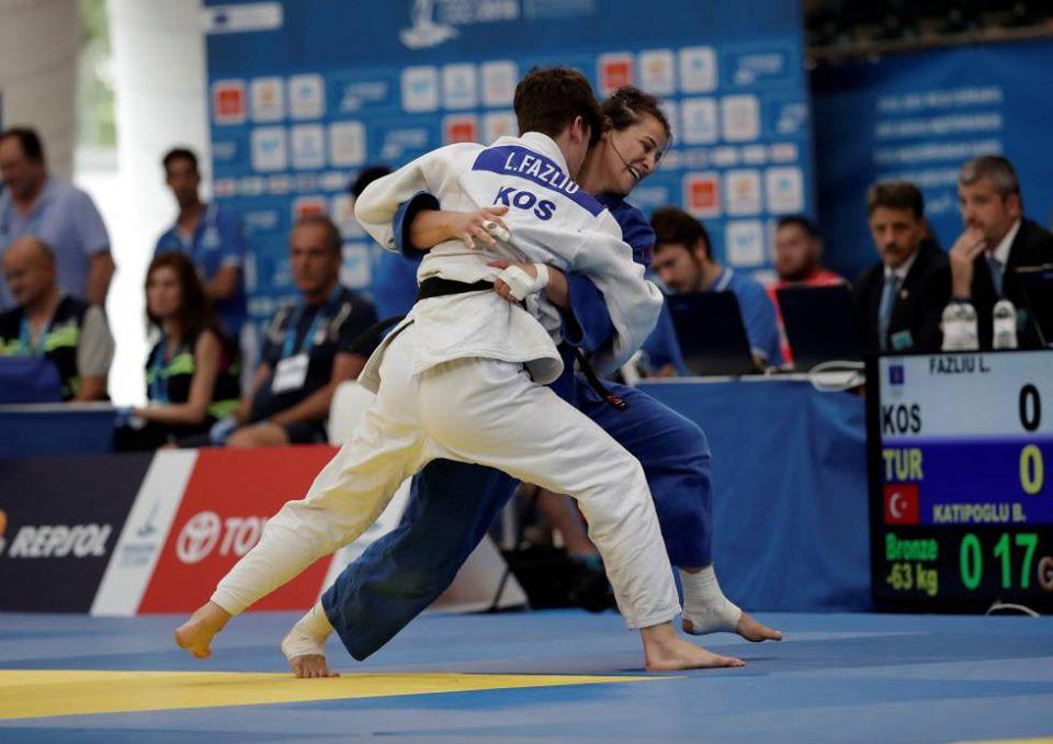 Laura Fazliu e bronztë në Kampionatin Evropian U-21