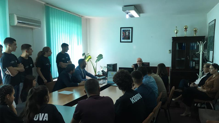 """Kryetari Haliti priti në takim përfaqësues të AKV """"Kemajl Azizi"""""""