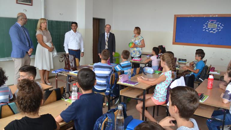 Zgjerohet pilot projekti i UKZ-së ''Më shumë se një mësues për ciklin fillor''