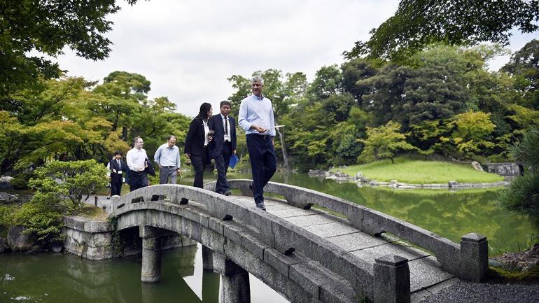 Presidenti Thaçi i kërkoi Toyotës investime në Kosovë