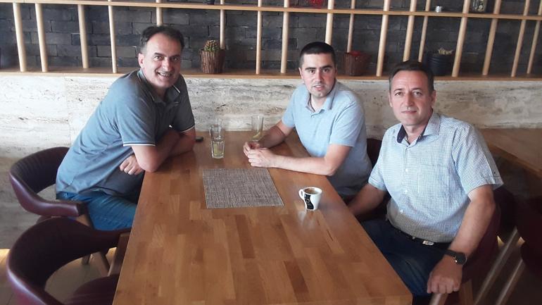 Zëvendësministri Zeka njofton drejtuesit e Vatrës për ndryshimet që janë bërë në ligjin për nënshtetësi