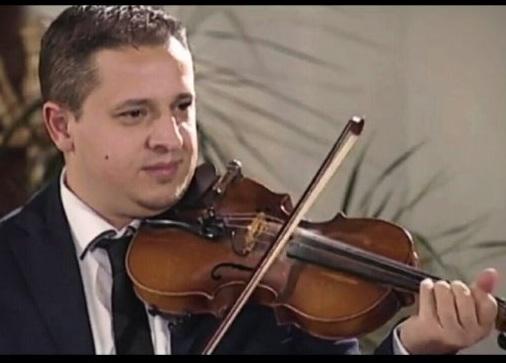 Ndërron jetë muzikanti i njohur shqiptar