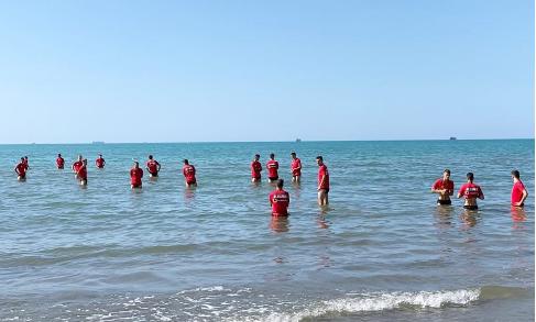 Shqipëria U21 stërvitet në det para ndeshjes me Kosovën