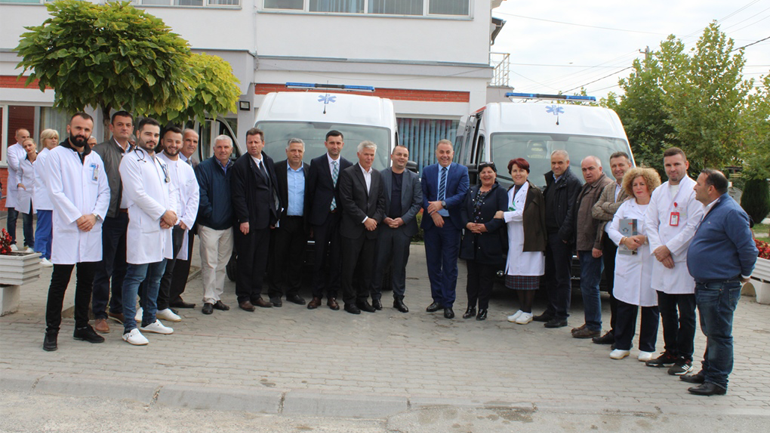 Shërbimi i urgjencës në Gjilan bëhet me dy autoambulanca të reja