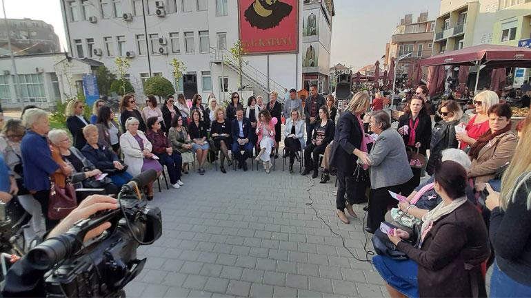 Gjilani me ligjërata dhe marsh sensibilizues shënon muajin e ndërgjegjësimit për kancerin e gjirit