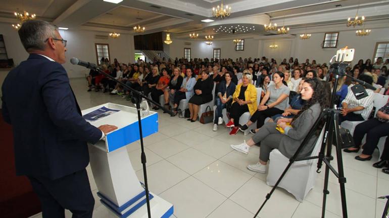 Gratë gjilanase fuqishëm në mbështetje të Haradinajt për kryeministër