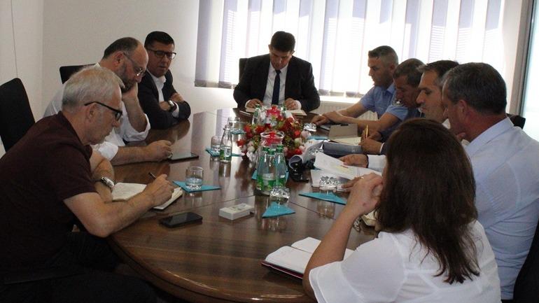Gjilani ndan 200 mijë euro për hapjen e puseve, apelohen qytetarët që të kursejnë maksimalisht ujin e pijshëm