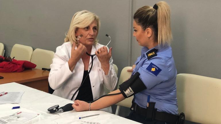 Humanizmi i Policisë së Kosovës: Dhurojnë vullnetarisht gjak!