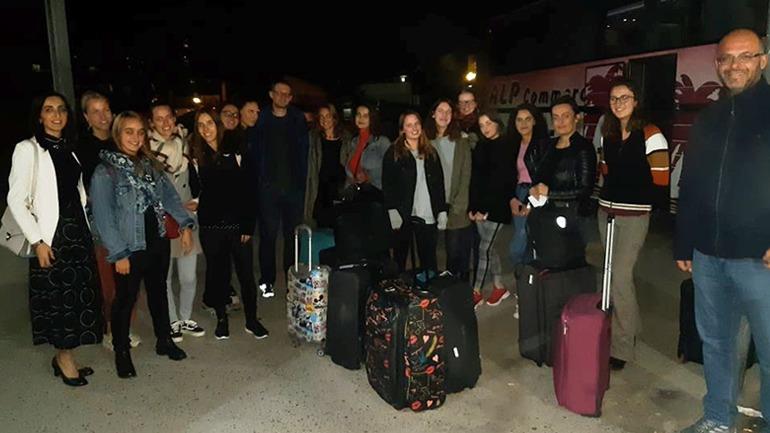 Studentët e Universitetit ZUG mirëpriten nga studentët e UKZ-së