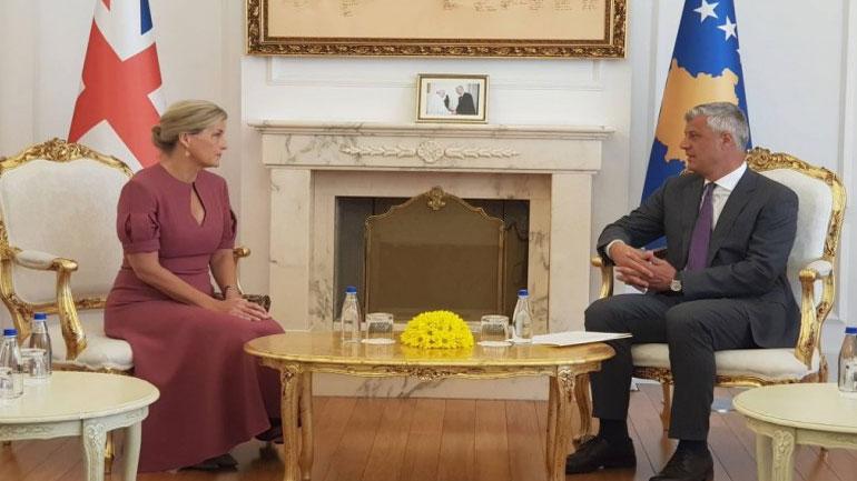 Presidenti Thaçi e Kontesha e Ueseksit flasin për të mbijetuarit e dhunës seksuale