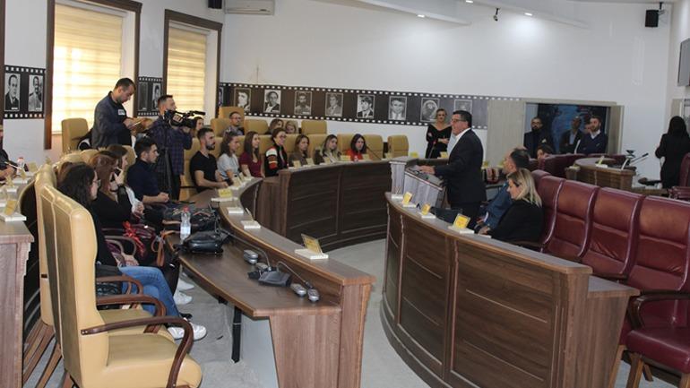 Kryetari Haziri bashkëbisedon me studentët e Universitetit të Zug të Zvicrës