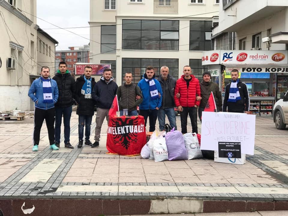 """""""Intelektualët"""" e Dritës vazhdojnë aksionin në përkrahje të Shqipërisë"""