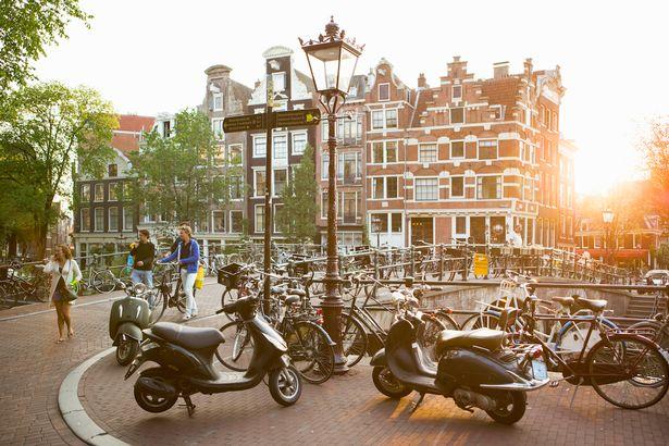 Amsterdami ua fshin borxhet të rinjve, ky është projekti